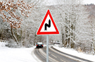 When the temperature drops: reach for the top! 11 top tips for driving in the winter